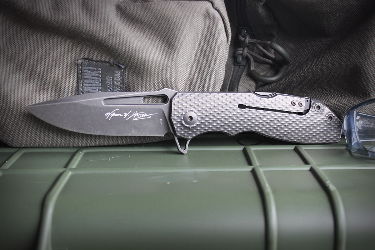The Limited RYP Design DEMO Flipper Pays Homage to Billy Waugh