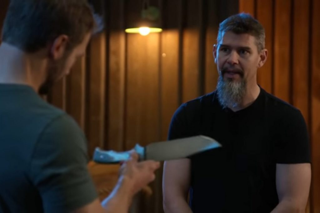 Chris Caban shows his knife to Travis Wuertz in his episode of Forged in Fire: Knife or Death.