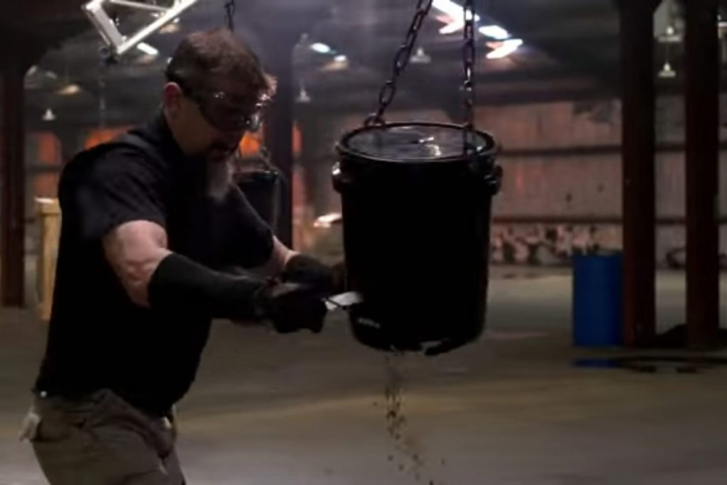 Chris Caban competing in Forged in Fire: Knife or Death.